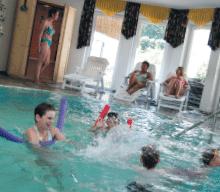 Wellness Schwimmbad Indoor Pool Monikas Ferienhof